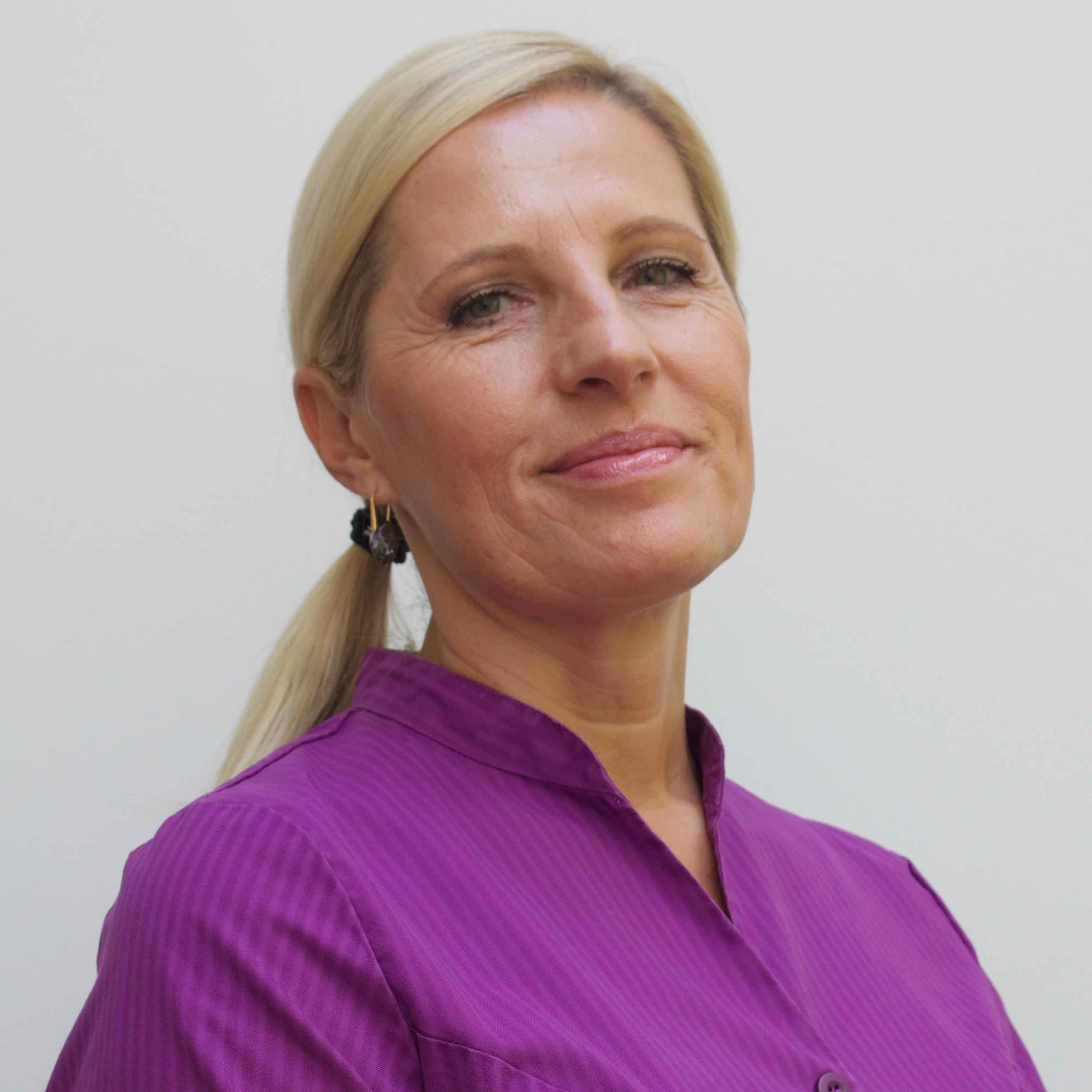Ranka Vesic, receptionist