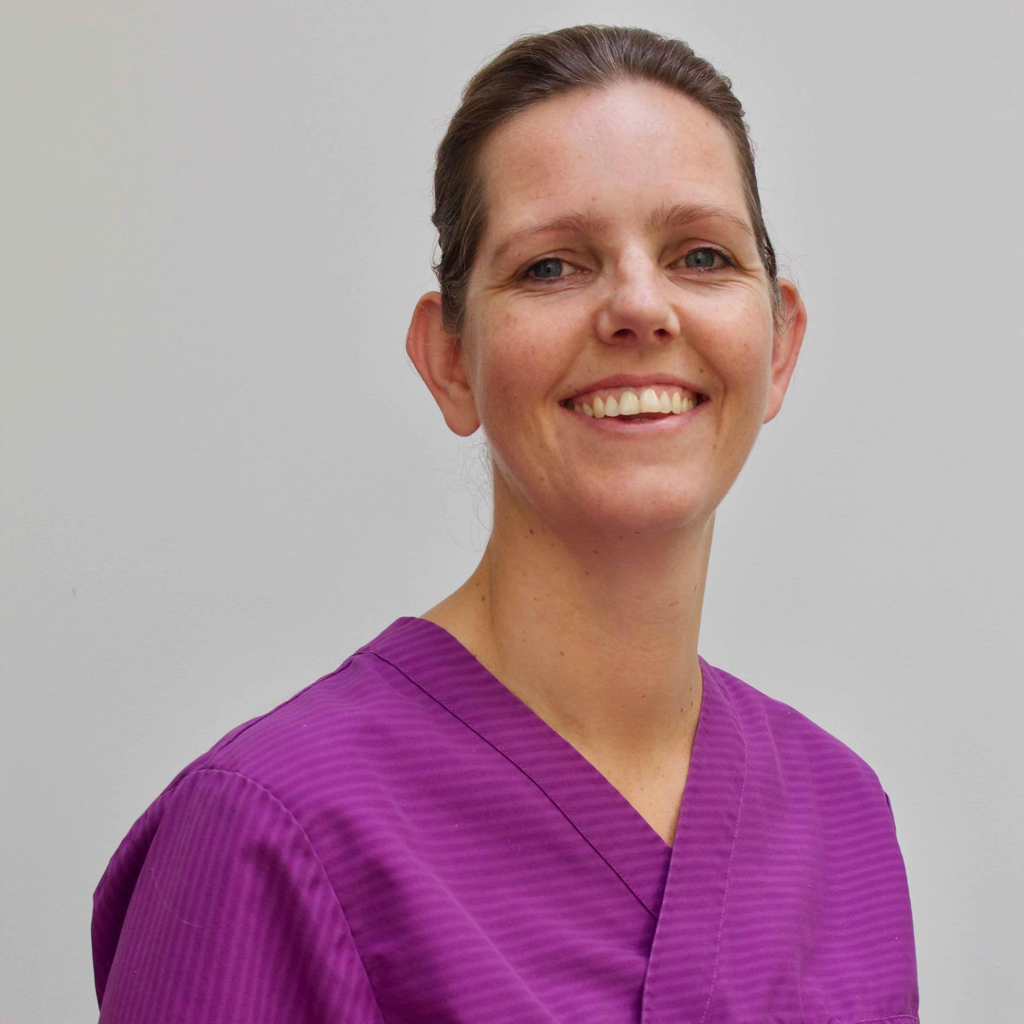 Sandra van den Broeke, tandarts